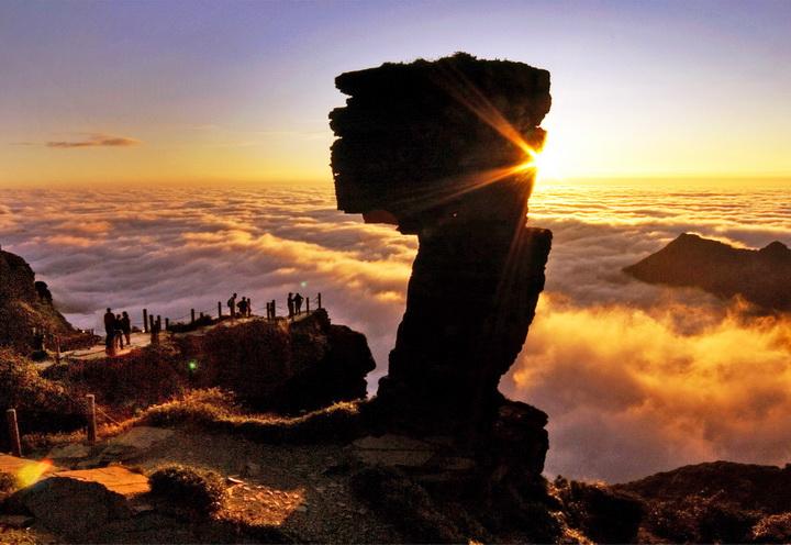 贵州梵净山风景名胜区 铜仁梵净山旅游景点介 高清图片